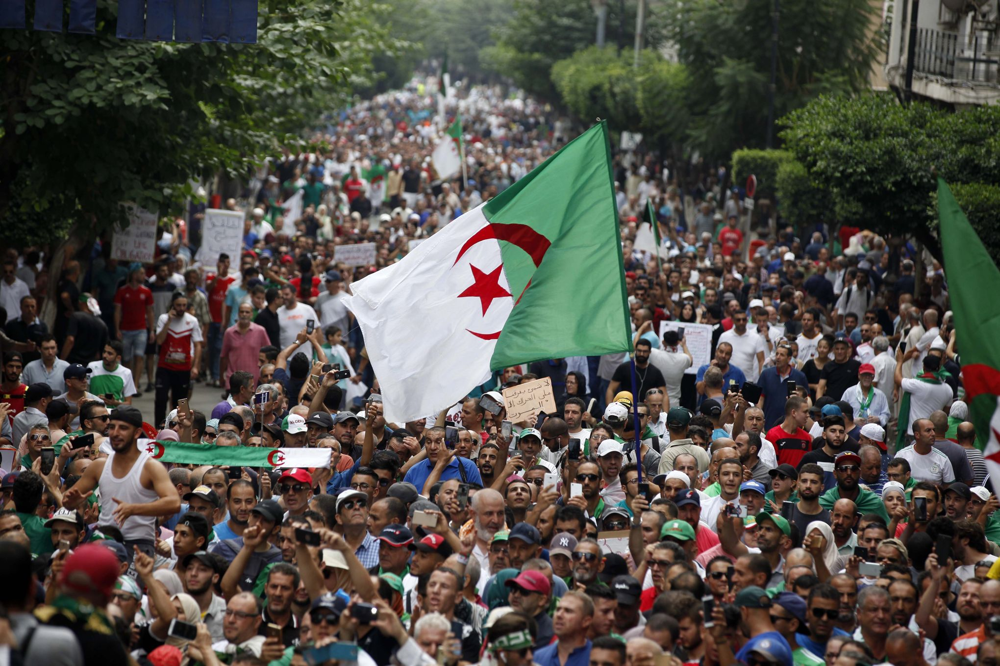 Protesters reject Algerian election announcement for December